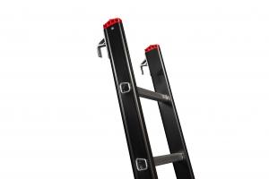 Enkele ladder met ladderhaken voor luikladders en aanhaakladders   ALGA