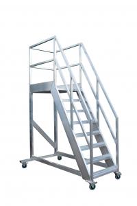 Verrijdbare bordestrap aluminium met dichte antisliptrede 60 graden type VRTA60